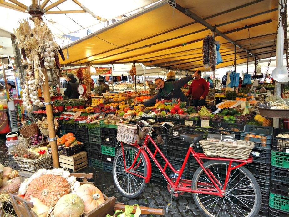 e0519de45fc1a Stall at Campo dei Fiori